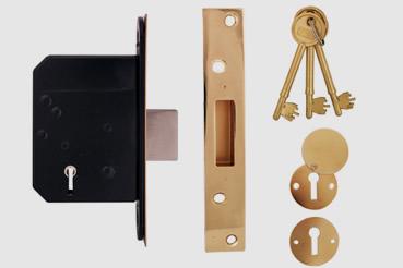 Deadlock Installation by Charlton master locksmith